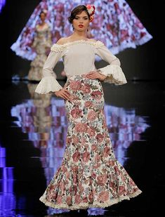 SIMOF 2018: el desfile de Yolanda Moda Flamenca, en fotos / Raúl Doblado Fashion Outfits, Womens Fashion, Costume Design, Pretty Dresses, Beautiful Outfits, Look, Gowns, Formal Dresses, Clothes