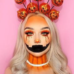 Image uploaded by Sally🌸. Find images and videos about girl, beauty and make up on We Heart It - the app to get lost in what you love. Girl Halloween Makeup, Amazing Halloween Makeup, Halloween Town, Halloween Make Up, Amazing Makeup, Typical White Girl, White Girls, Makeup Humor, Funny Makeup