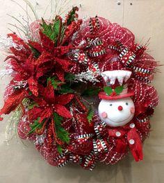 Wreaths are Welcoming Wreath Crafts, Diy Wreath, Holiday Crafts, Wreath Ideas, Mesh Ribbon Wreaths, Deco Wreaths, Christmas Door Wreaths, Holiday Wreaths, Winter Wreaths