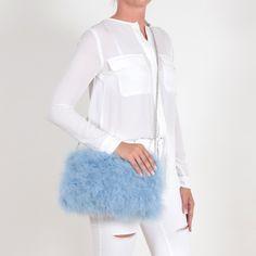 EYES ON MISHA bolso de plumas La Fiffi azul celeste Tulle, Skirts, Fashion, Feather Fashion, Ostrich Feathers, Blue Nails, Fur, Accessories, Moda