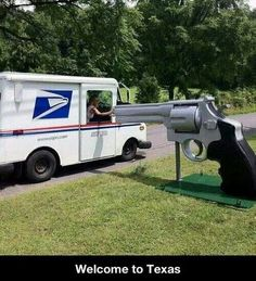 That's a really cool mailbox!