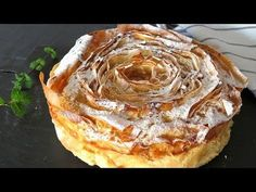La famosísima tarta flor paso a paso. Sweet Pie, Sweet Bread, Bakery Recipes, Dessert Recipes, Churro Ice Cream Sandwich, Queen Cakes, Pie Cake, Food Decoration, Flan