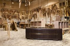 * we are pleased to offer a selection of HOLLY HUNT furniture showroom samples at great values...for more information and pricing, please contact: sales@americanhomeintl.com
