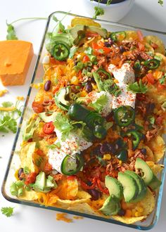 nachos with pulled chicken cooking video recipe - Top Recipes, Meat Recipes, Seafood Recipes, Mexican Food Recipes, Appetizer Recipes, Chicken Recipes, Healthy Recipes, Recipe Chicken, I Love Food