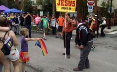 USA: El enfrentamiento de una niña pro LGBT y un predicador homófobo se vuelve viral