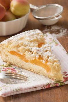 Apricot crumble cake and other recipes to discover DasKochrezept. Pie Recipes, Baking Recipes, Sweet Recipes, Dessert Recipes, Desserts, German Baking, German Cake, Nutella Brownies, Other Recipes