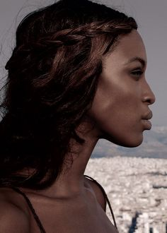 Naomi Campbell. Face Pictures, Tyra Banks, Naomi Campbell, New Model, Famous Faces, Girl Crushes, Her Style, African Fashion