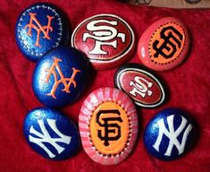 Top 10 Best Sports Crafts to Make and Sell During Football SeasonWondering how to make a few extra bucks during football season? Well check out these wonderful ideas of sport crafts that you make and sell for extra . Acrylic Painting Rocks, Pebble Painting, Pebble Art, Stone Painting, Stone Crafts, Rock Crafts, Arts And Crafts, Crafts To Make And Sell, Crafts For Kids