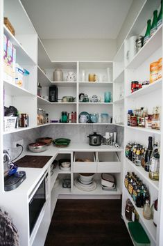 Inexpensive Small guest bedroom remodel,Kids bedroom remodel paint colors and Girls bedroom remodel awesome. Free Standing Kitchen Pantry, Kitchen Butlers Pantry, Pantry Room, Kitchen Pantry Design, Kitchen Organization Pantry, Butler Pantry, Pantry Ideas, Pantry Shelving, Pantry Storage