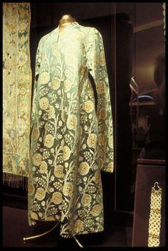 safavid clothing | Safavid Silk Kaftan