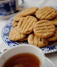 Cookie Desserts, Cookie Recipes, Grandma Cookies, Hot Cocoa Recipe, Kitchen Confidential, Cookie Box, Bun Recipe, Something Sweet, Baking Recipes