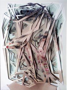 """Tolle Serie von dem brasilianischen Künstler Lucas Chimello Simões, der ein und dasselbe Foto dutzendfach auf verstärktem Papier herstellt, die unterschiedlichen Fotos dann bearbeitet, indem er unterschiedliche Teile herausschneidet und die einzelnen Bilder dann in mehrere Lagen erneut zusammenfügt. Ich hoffe, ich hab' das deutlich genug erklären können; schaut Euch einfach die fertigen Installationen an: """"Brazilian artist Lucas Chimello Simões... Weiterlesen"""
