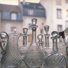 Ensemble de carafes et brocs anciens en cristal