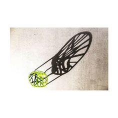 Silla Vegetal by Vitra + Minimae darks. Comming soon  ________________________________________  #vegetalchair @vitrafurniture #vitra #green #plastic #chair #iconchair #sombras #dark