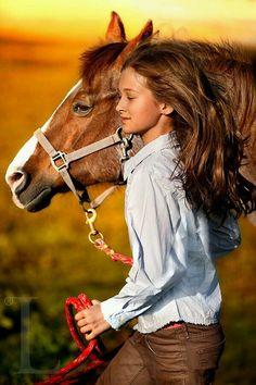 Precioso caballo con su amazona
