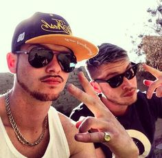 Locnville new and improved to LCNVL Beautiful Men, Mens Sunglasses, African, Mens Fashion, Wedding, Singers, Musicians, Color, Bands