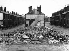 Roger Mayne, Leeds, Slum Clearance 1959, Vintage gelatin silver print