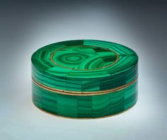 An Antique Russian Bronze and Malachite Jewelry Box circa 1880 The box is in a very good condition for its age. There are only a couple of tiny rim chips Viking Jewelry, Antique Jewelry, Vintage Jewelry, Vintage Rings, Malachite Jewelry, Faberge Eggs, Diy Home, Home Decor, Antique Boxes