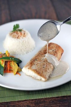 Tahitian Mahi Mahi with Vanilla Sauce - A classic French Polynesian recipe of fish seared until golden brown and served with a luscious vanilla rum and coconut sauce.   jessicagavin.com