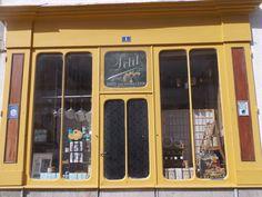 Boutique ancienne à Henrichemont (Cher) Le Berry