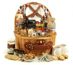 Summer Picnics and Picnic Hampers, do it right. What's summer without picnic! And proper Picnic Hampers make it all easy Wine Hampers, Food Hampers, Picnic Hampers, Homemade Gift Baskets, Food Gift Baskets, Gourmet Food Gifts, Gourmet Foods, Savory Foods, Luxury Hampers