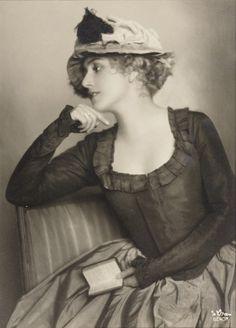 Portrait by Madame D'Ora c.1925