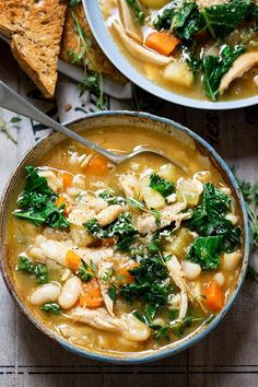 5 Soups to Keep You Warm Healthy This Winter   http://helloglow.co/healthy-soups/