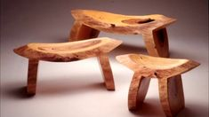 Curved Chainsaw Mini Benches – Best Women Fashion images in 2019 Cedar Furniture, Rustic Wood Furniture, Tree Furniture, Furniture Projects, Wood Projects, Furniture Design, Meditation Stool, Rustic Stools, Woodworking Wood