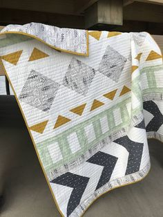Pay a visit to our world-wide-web site for a good deal more on the subject of this striking patchwork quilts Southwest Quilts, History Of Quilting, Baby Boy Quilts, Modern Baby Quilts, Owl Quilts, Star Quilts, Quilt Modernen, Modern Quilt Patterns, Boys Quilt Patterns