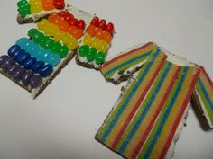 What a tasty Joseph's coat snack!  Using jelly beans or other small candies makes it a great fine motor activity, too!