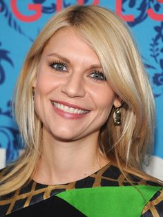 Gradualted layer close to the face softens a square jawline Claire Danes Haircut For Square Face, Square Face Hairstyles, Claire Danes, Olivia Wilde, Keira Knightley, Cool Haircuts, Cool Hairstyles, Hairdos, Hairstyle Ideas