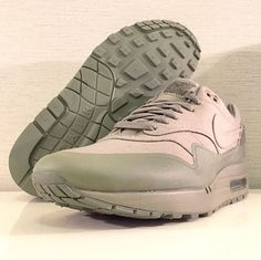 quality design 631af 8fb16 Nike Sportswear looks to have an upcoming Nike Air Max 1 USMC