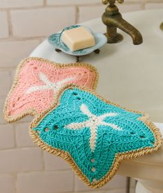 Starfish Dishcloths Free Crochet Pattern from Red Heart Yarns