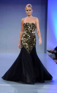 Healthy-looking model for the 2011-2012 New York fashion show by #Walid_Atallah   www.walid-atallah...