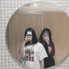 Bff Girls, Cute Girls, Besties, Bestfriends, Korean Best Friends, Bff Quotes, Friend Photos, Best Couple, Ulzzang
