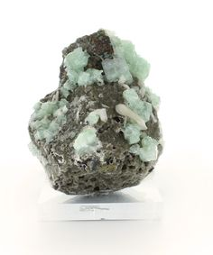Bliss Mineral Collection Zeolite - Over 50 mineral types must occur together to form a single specimen of zeolite