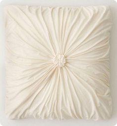rosette pillow diy | Secondhand Sheet to Stylish Rosette Pillow