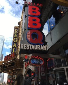 Dallas BBQ  42nd St Times Square   #nyc  #newyorkcity #timessquare #dallasbbq #lovenyc #thisisnewyorkcity #manhattan #sinfiltros #monumental #monumental_world #estadosunidos  #usa #unitedstates  #estaes_america  #instaphoto #instapic #instapicture  #nuevayork #new_york_city_photo #photo #what_i_saw_in_nyc #positive_newyork #newyork_ig #newyork_world #newyork_instagram  #topnewyorkphoto #picturenyc by uli_fi
