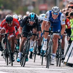 source instagram teamsky  Another close call for @eliaviviani at #Scheldeprijs today. That first win of the season is coming...   teamsky  2017/04/06 01:43:38