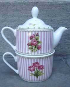 LAURA-ASHLEY-HOME-2-Piece-Semi-Bone-China-Tea-For-One-CELIA-TEAPOT-CUP-SET
