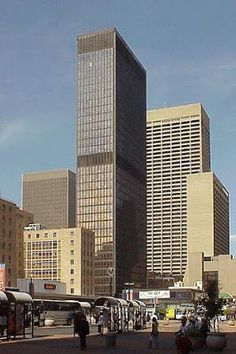 Discover Johannesburg, Popular Tourist Destinations in South Africa Johannesburg Skyline, Canopy Architecture, Building Architecture, Third World Countries, Art Deco, New York Life, Orange Art, A Day In Life, Best Hotels
