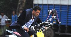 सलमान ने खरीदे सबसे महंगे रीमेक राइट्स? - Are the remake rights of Salman's 'Jai Ho' the highest ever? #salmankhan #murgadoss #katrinakaif