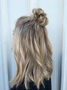 #hair #hairstyle #cabelo #cabelos #longos #halfbun #penteado #blog #falandodemodaa