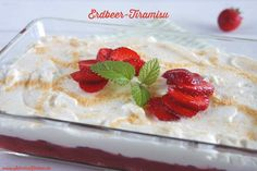 Leichtes Erdbeer-Tiramisu mit Joghurt