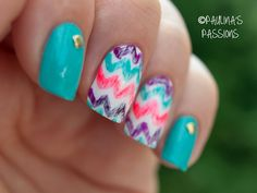 Multi-color chevron nails