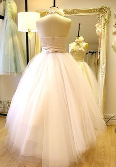 tulle 50s style wedding dress