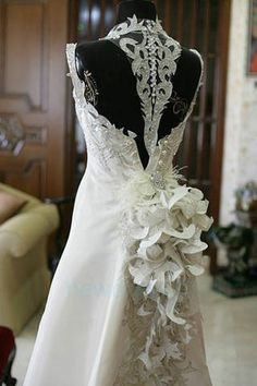 Wedding Dress Could Do Without The Fluff On Weird