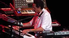 Larry Dunn's Earth, Wind & Fire Live 2015 That's The Way Of The World
