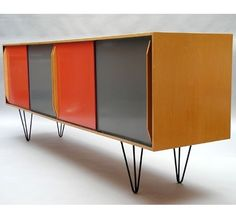 Maple Veneer and Enameled Metal Sideboard for K. Frei Freba Typenmöbel by Alfred Altherr, 1953 70s Furniture, Cabinet Furniture, Mid Century Modern Furniture, Furniture Styles, Upcycled Furniture, Vintage Furniture, Furniture Design, Furniture Outlet, Furniture Ideas