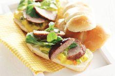 Kijk wat een lekker recept ik heb gevonden op Allerhande! Broodje bal & piccalilly-mayo